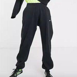 Nike Mini Swoosh Oversized Black Sweatpants